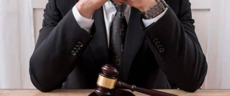עורך דין הגבלים עסקיים ותחרות